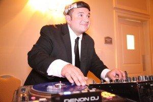 Nogui Raleigh Wedding Triangle DJ
